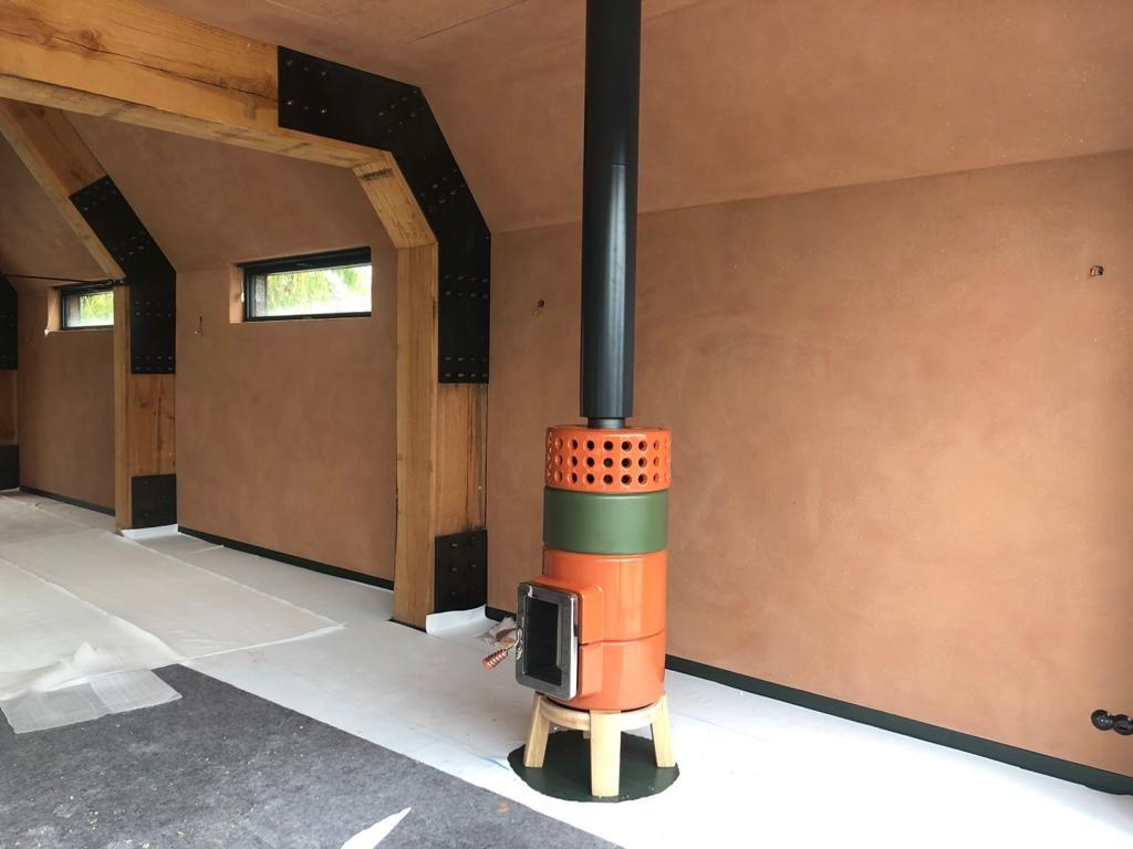 Round Stack houtkachel oranje groen met zwarte Poll design rookgasafvoer 5