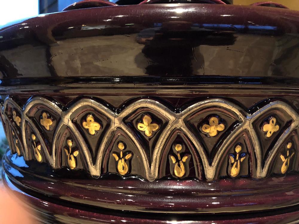 Rondo 1 st size , kleur aubergine met details in bladgoud en platina 4