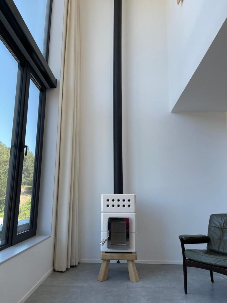 Witte Mini Stack met zwart rookkanaal 2