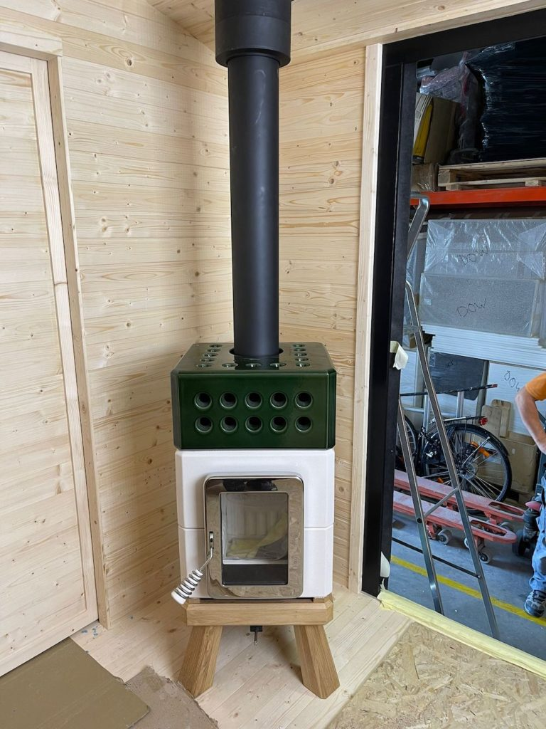 ART OF FIRE Ministack in tiny house 9 kopie